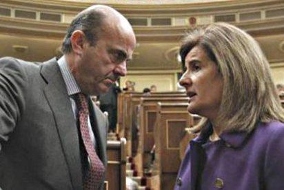 """Bronca por la exclusiva del paro: el PP se enteró """"vía web"""" y el PSOE pide investigar"""