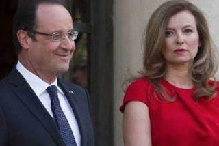 El presidente Hollande se lía con un actriz y la prensa lo 'pilla' escapándose a dormir con ella