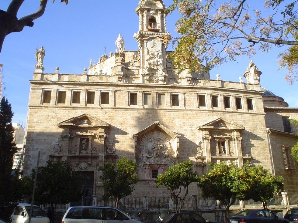 Detenido por dañar tres tallas de una iglesia de Valencia