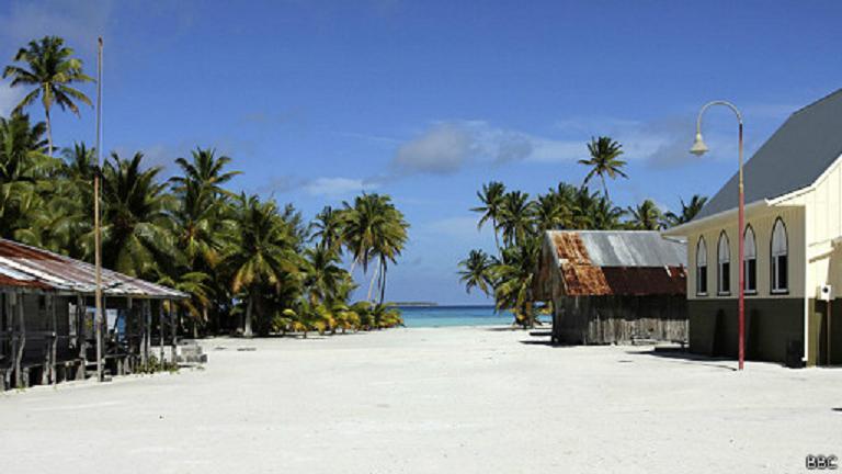 ¿Quiere saber cómo se vive en la paradisíaca isla más remota e inaccesible del mundo?