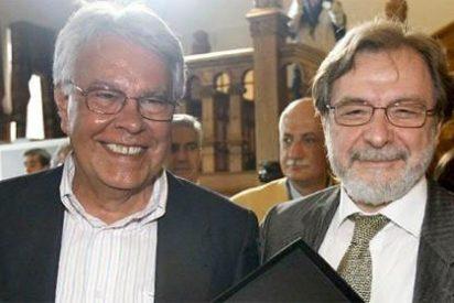 A Cebrián se le rebelan en El País con un varapalo a Felipe González
