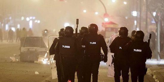 Revolución en Burgos: segunda noche de protestas, destrozos y cargas policiales