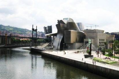 Muere ahogado un inmigrante marroquí que cayó a la Ría de Bilbao cuando esta meando