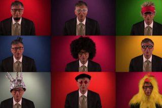 El multimillonario Bill Gates se disfraza para promocionar su web
