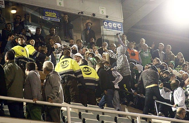El Racing amenza con no presentarse al partido de Copa