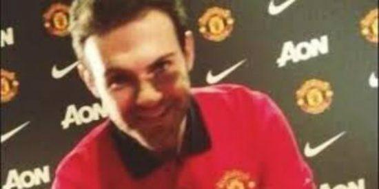 Mata ya viste la camiseta del Manchester