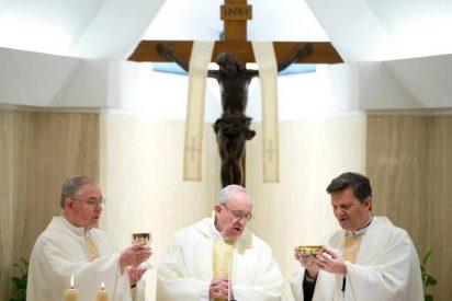 """Francisco arremete contra """"laicos, sacerdotes y obispos corruptos que se aprovechan de su situación"""""""