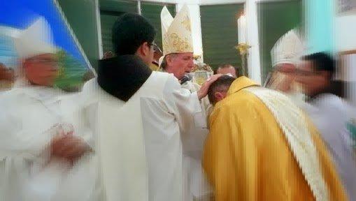 La larga y molesta presencia del Nuncio en Ecuador