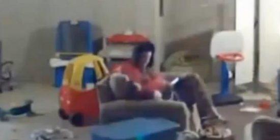 [Vídeo] Una madre graba con cámara oculta al maltratador de su hijo autista