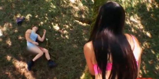 Se rompe el pene al caerse desde el árbol donde practicaba sexo con su novia