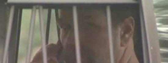 [Vídeo] La 'casa de los horrores' del 'profesor chiflado' estaba llena de pitones y ratas