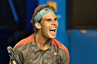 Rafa Nadal pasa a cuartos del Open de Australia con ampollas, sangre y una zapatilla rota