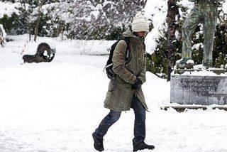 Un jugador se pierde en la nieve durante un entreno