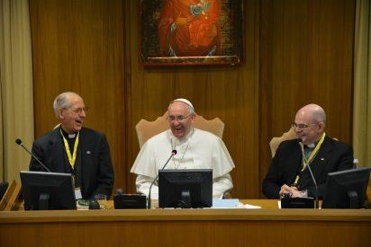 """El Papa denuncia la """"trata de novicias"""" ante la Unión de Superiores Generales"""