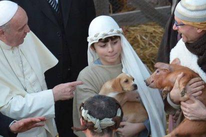 Francisco visita a los niños de Roma