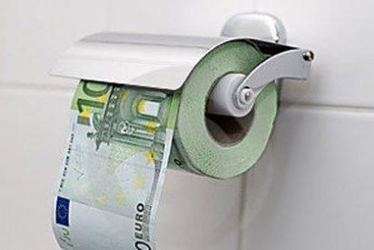 El PP malagueño se compra un reno sin pies ni cabeza por 7.000 euros y los socialistas no dan crédito