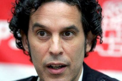 El concejal socialista Pedro Zerolo anuncia que tiene cáncer y que ha iniciado su tratamiento