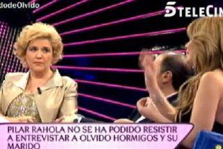"""La 'liberal' Pilar Rahola contra Olvido Hormigos: """"Me parece repugnante traer a tu marido para que pasee sus cuernos"""""""