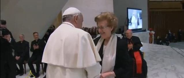 """El Papa pide a los periodistas """"evitar la difamación y la calumnia y mantener el nivel ético"""""""