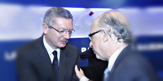 Cristobal Montoro pasmó a Ruiz Gallardón al cantarle las cuarenta ante los ministros