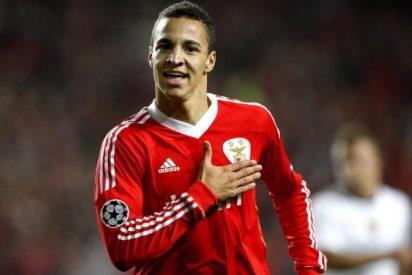 El Benfica vende a su único jugador español