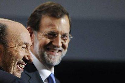 """Del Pozo: """"Rubalcaba se fuma cada vez más puros con Rajoy"""""""