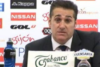 El árbitro del Sporting-Zaragoza tuvo que cerrar su cuenta de Twitter