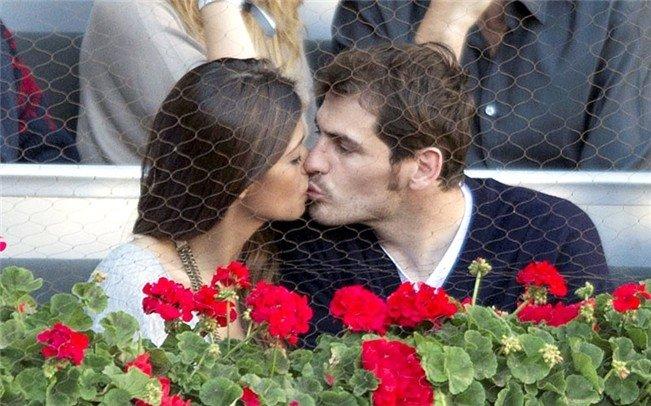 Casillas y Sara Carbonero ya son padres