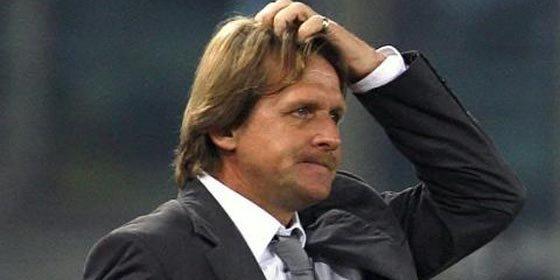 Schuster arremete contra José Sosa
