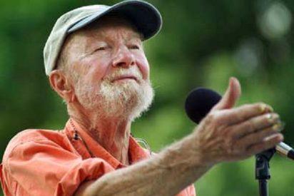 Muere Pete Seeger a los 94 años, la 'indignada' leyenda del folk estadounidense