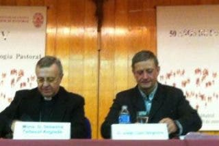 """Monseñor Taltavull: """"Los obispos tenemos que ser normales, mirar a la gente a la cara, saludar con cariño, sonreír"""""""