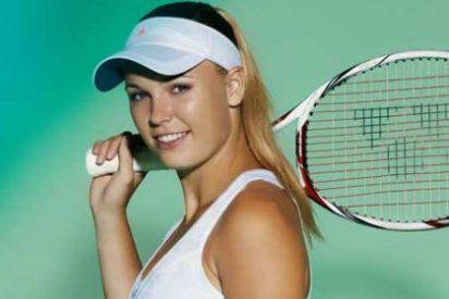 Se casará con esta sexy tenista pese a su descuido en Instagram