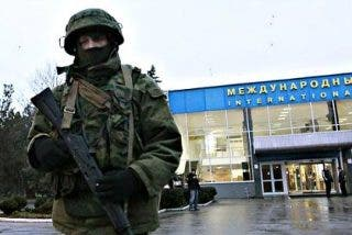 Las nuevas autoridades de Kiev acusan al ruso Vladimir Putin de haber iniciado la invasión de Ucrania