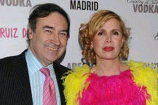 """Agatha Ruiz de la Prada ve a su marido Pedrojota 'colgado' y """"algo más tristón"""""""