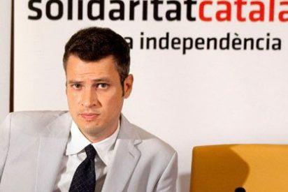 """Un independentista catalán niega la mano al príncipe Felipe en el Mobile World Congress: """"No somos amigos. Te la daré cuando nos dejes votar"""""""