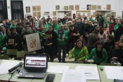 Las 70 dimisiones en los colegios ponen en pie de guerra a la Asamblea de Docentes