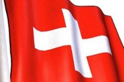 ¿Está pensando en irse a trabajar a Suiza? ¡Olvídese! No quieren más europeos y 'echan el candado'