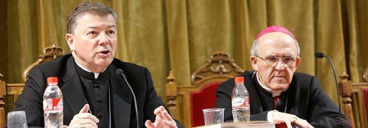 """Martínez Camino: """"Quienes colaboren en un aborto tienen excomunión ipso facto"""""""