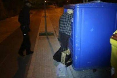 Un anciano muere asfixiado al quedar atrapado en un contenedor de papel en Palma