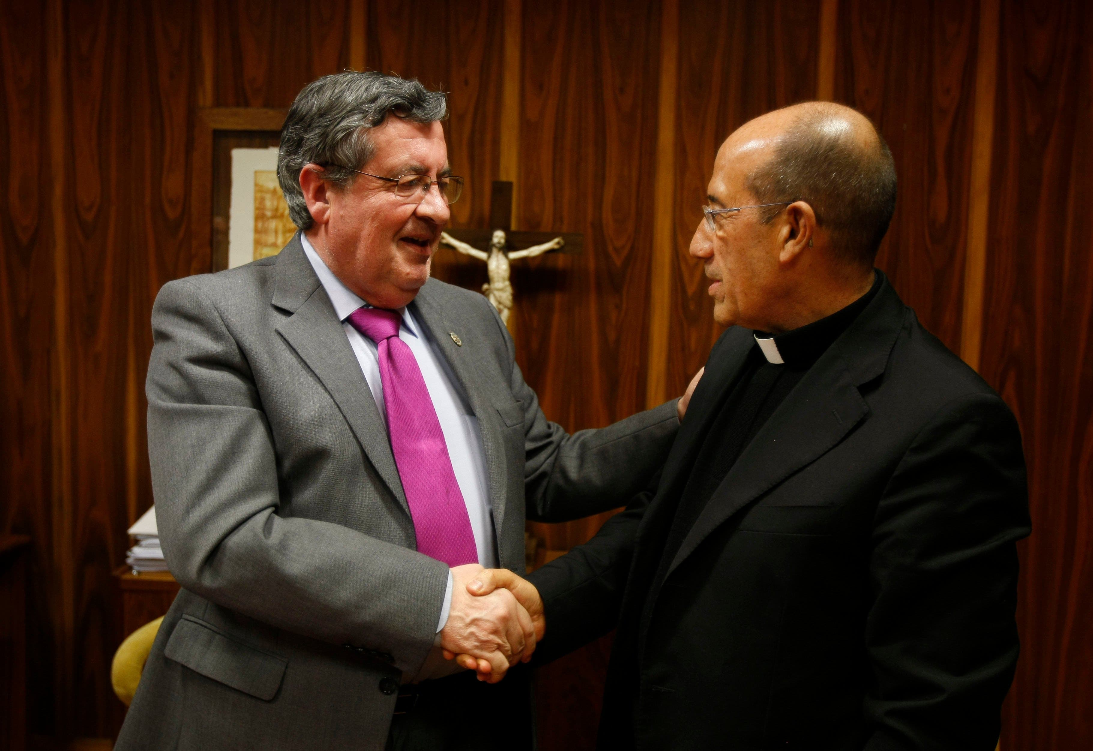UPSA firma un convenio con la Fundación LARES