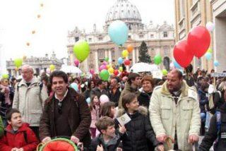"""La Iglesia de base se """"rebela"""" contra la política de la jerarquía en materia de familia y moral sexual"""