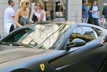 La exmujer del futbolista le quiere quitar el Ferrari