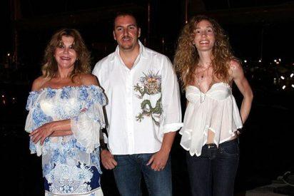 Tita Cervera se encuentra de sopetón con Borja y su nuera y ¡pelillos a la mar!