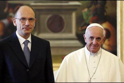 El Papa telefonea a Enrico Letta