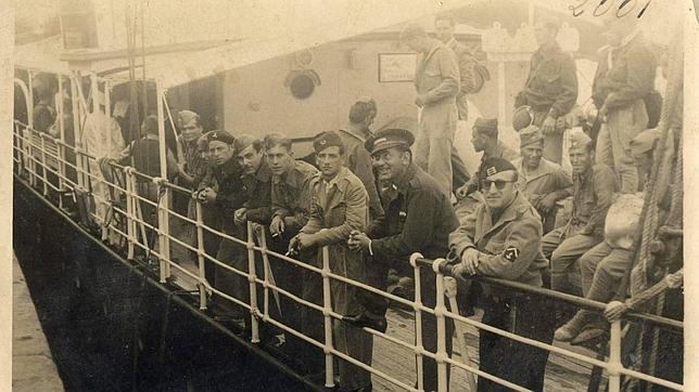 Aparecen en Gran Canaria fotos inéditas de Franco tomadas en la víspera del alzamiento militar