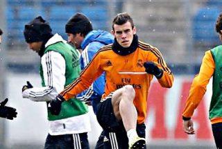 Gareth Bale vuelve a entrenar con todo el Real Madrid y estará el miércoles frente al Atlético de Simeone
