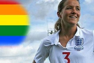La capitana de Inglaterra sale del armario
