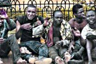 Más de 200 subsaharianos entran a la fuerza en Melilla tras otro asalto masivo a la valla