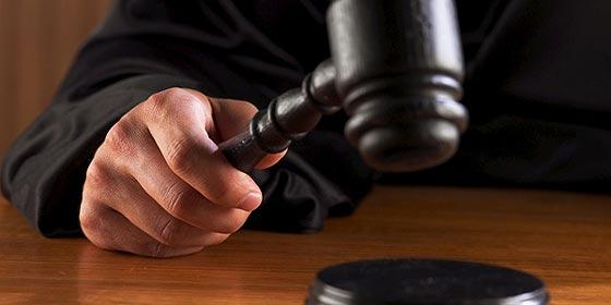 ¿Se han vuelto locos los jueces españoles o es la política lo que les perturba?