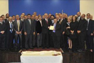 """Judíos, cristianos y musulmanes argentinos llevan """"mate de la paz"""" a Oriente Medio"""